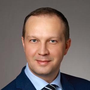 Marek Szarucki